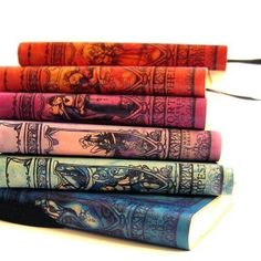 Gorgeous leather-bound Shakespeare illustration journals by Immortal Longings -- so in love with these!