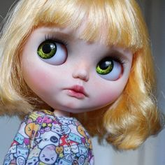 Green eyes  #blythe #dolls #blythecustom #almonddoll #almonddollcustom #almonddollart #customblythe #ooakeyechips #handpaintedeyechips #blytheinstagram #blythecollector #commission #dollstagram #dollinstagram #blythestagram #blythedoll #artdoll #dollartistry #toyartistry #toyartistry_elite #toy #takara #neoblythe #bigeyes #kawaii #blythephotography #ooakdoll #dollphotography #toyphotography #playfulraindropsblythe