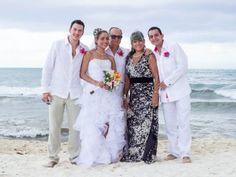 La boda de Alejandro y Greys en Playa del Carmen, Quintana Roo - Bodas.com.mx