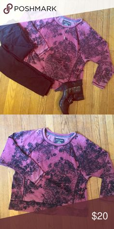 DKNY Lacey Floral Top Very cozy, this stunning pullover has a boxy fit and short sleeves. Worn only a couple times, still in good shape. DKNY Tops Tees - Long Sleeve