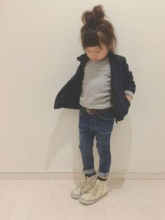 BRANSHESのナイロンジャケット「ウィンドブレーカー」を使ったkii_memeのコーディネートです。WEARはモデル・俳優・ショップスタッフなどの着こなしをチェックできるファッションコーディネートサイトです。 Baby Models, Child Models, Toddler Fashion, Girl Fashion, Princess Style, Kid Styles, Kids Wear, Fashion Addict, Cool Kids