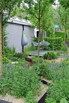 chelsea-climatecalm.jpg - small urban green space