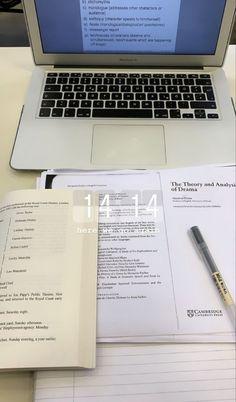 Studyblr, Uni Life, Study Organization, School Study Tips, Work Motivation, Study Space, Study Areas, Study Hard, School Notes