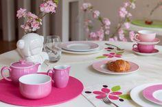"""""""Blooming"""" la nuova collezione Primavera 2015 di #Centrotavola #Milano scoprila su www.centrotavolamilano.it Tavola Blooming rosa. Pink Blooming tableware"""