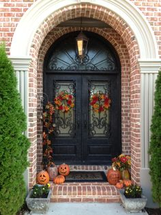 Decorate the front door for #Fall.