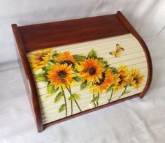 Bread Boxes, Decoupage Box, Shabby Chic, Facebook, Kitchen, Painting, Home Decor, Bread Holder, Luxury Kitchens