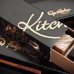 Langzaam ontdekt men de echte smaak van Engelse Boter #Fudge van Fudge Kitchen. Wie volgt?