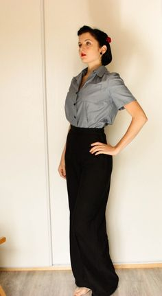 simplicity 3688 trousers in fluid black fabric