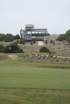 Casa Golf, Costa Esmeralda, Argentina - Luciano Kruk - foto: Daniela Mac Adden