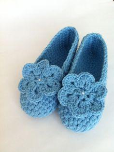 Hand crochet summer slippers ! $35.5@etsy.com