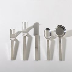 RUSSEL WRIGHT    flatware    for the Metropolitan Museum of Art  USA, 1933/1987  silver plate  8 d inches