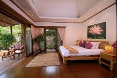 Bedroom @ Beach-side Villa with Private Swimming Pool For Holiday Rent at Lamai, Koh Samui
