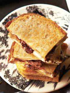 チーズの酸味で、甘いだけじゃない! 大人味へ|『ELLE a table』はおしゃれで簡単なレシピが満載!