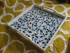 Bandeja mosaicos Fused Glass, Stained Glass, Mosaic Tray, Mosaic Mirrors, Tile Projects, Mosaic Ideas, Tile Art, 3d Wall, Diy Crafts