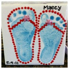 Cute footprint tile - great for #summer! I want these for my gardens... one of each of our kids! eek... fun. they love paint, and mess, and crafts!