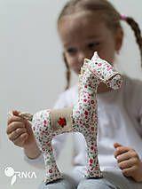 Hračky - koník Kvetka