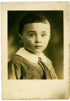 Levie Israëls 9 Year Olds, World War Ii, Dutch, Mona Lisa, Angels, Memories, Artwork, World War Two, Memoirs