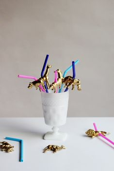 Party Animals: DIY Gold Animal Straw Toppers