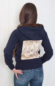 Navy blue hoodie with vintage fur and application | back