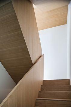 Heathdale Residence - smart home encased in Cor-Ten steel panels (8)