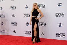 Fergie - American Music Awards 2014 red carpet - Pictures - CBS News