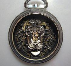 時計の部品から造った動物アート03