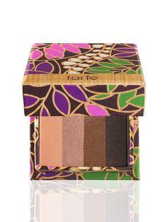 Tarte beauty & the box Amazonian clay eyeshadow quad in brewed awakening for blue eyes  #tarte #eyeshadow #eyes