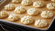 Look at this recipe - Vanilla Bean Spritz Shortbread - from Anna Olson and other tasty dishes on Food Network. Perfect Snickerdoodle Recipe, Whipped Shortbread Cookies, Shortbread Recipes, Vanilla Cookies, Easy Baking Recipes, Best Cookie Recipes, Frozen Cookies, Cookie Press, Biscuits