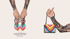 I am addicted to colors so I love the summer accesoires by #Valentino