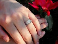 The engagement ring that you select for your partner needs to be the most exquisite and special one. But there are many factors which you need to consider before selecting it for the special day of engagement.