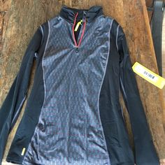 Lolë pullover jacket Awesome new with tags Lolë brand pullover jacket. High quality workout must have! No modeling. Lolë Jackets & Coats
