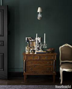 Black doors/trim + deep green walls                                                                                                                                                                                 More