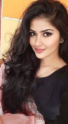 Beautiful Blonde Girl, Beautiful Girl Photo, Beautiful Girl Indian, Movies Wallpaper, Cats Wallpaper, Cute Beauty, Beauty Full Girl, Beauty Women, Indian Natural Beauty