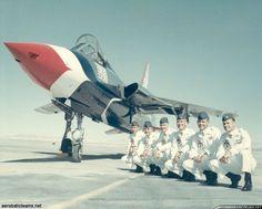 Republic F-105B Thunderchief - Thunderbirds, United States Air Force (USAF), United States.