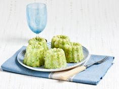 Canned avocado crab - Recipes - Amuse bouche - Meat Recipes Seafood Appetizers, Healthy Appetizers, Healthy Snacks, Avocado, Tapas, Crab Recipes, Party Dishes, Crab Meat, Vegetable Drinks