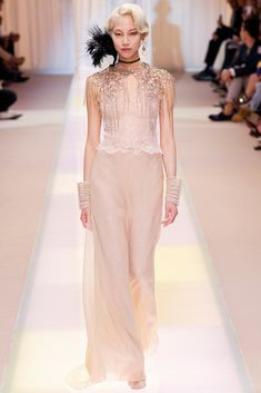 See the complete Armani Privé Fall 2013 Couture collection.