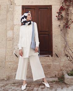 Fashion Hijab Pantai 70 Ideas For 2019 Tesettür Mayo Şort Modelleri 2020 Hijab Styles, Hijab Outfit, Muslim Fashion, Modest Fashion, Fashion Fashion, Fashion Dresses, Modest Dresses, Modest Outfits, Stylish Outfits