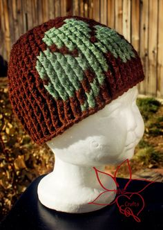 Use blue and white for Girl Guides of Canada. -kw MNE Crafts: Shamrock Beanie