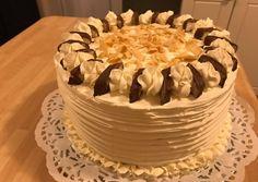 Bounty torta | Eva Nyari receptje - Cookpad receptek Hungarian Recipes, Vanilla Cake, Oreo, Fondant, Cake Decorating, Sweet Treats, Food And Drink, Sweets, Cookies