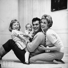 Family Portrait, 1959. Ohmygoodness, this is so perfect! Don't you wish this was your family?