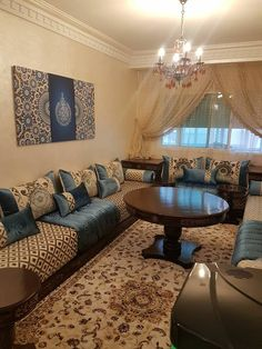 Home Room Design, Living Room Designs, Living Room Decor, Drawing Room Interior, Moroccan Home Decor, Mansion Interior, Bedroom Styles, House Rooms, Chairs