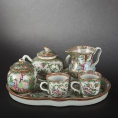 Guangzhou porcelain set for two #expertissim #asia #art