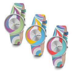 """Nuova """"colorata"""" collezione """"Cielo Paisley"""" di Lambretta, per gli amanti dei '60s!  Il vorticoso modello distintivo Paisley, sinonimo di Londra alla moda e degli swinging sixties, è rinato sulle passerelle ed è ora più caldo che mai. Questo divertente accessorio alla moda è uno strumento straordinario per qualsiasi look audace e creativo ispirato a quel magico periodo!  New """"coloured"""" """"Cielo Paisley"""" collection by Lambretta, for the fabulous '60s lovers!"""