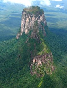 Venezuela, El cerro Autana es un tepuy.