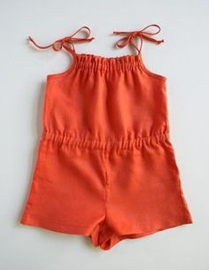 Un petit combishort Cr aColas Summer Romper for Kids Purl Soho Sewing Projects For Kids, Sewing For Kids, Baby Sewing, Rompers For Kids, Girls Rompers, Toddler Rompers, Girls Dresses, Baby Rompers, Long Dresses