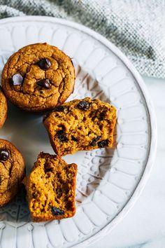 Healthy Vegan and Gluten-free Pumpkin Muffins - Making Thyme for Health Gluten Free Pumpkin, Vegan Pumpkin, Healthy Pumpkin, Pumpkin Recipes, Fall Recipes, Gluten Free Recipes For Breakfast, Gluten Free Muffins, Healthy Muffins, Vegan Breakfast