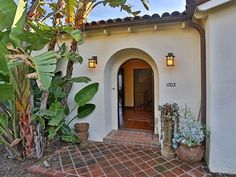 Spanish Style Homes, Spanish Revival, Spanish House, Santa Barbara House, Spanish Exterior, Plans Architecture, Deco, Home And Family, Home And Garden