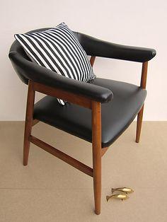 FULLY RESTORED and reupholstered mid-century chair, Black vinyl teak vintage chair