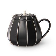 スターバックス コーヒー ジャパンのパンプキンマグブラックについてご紹介します。