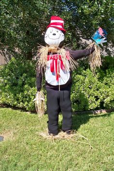 cat in the hat scarecrow!